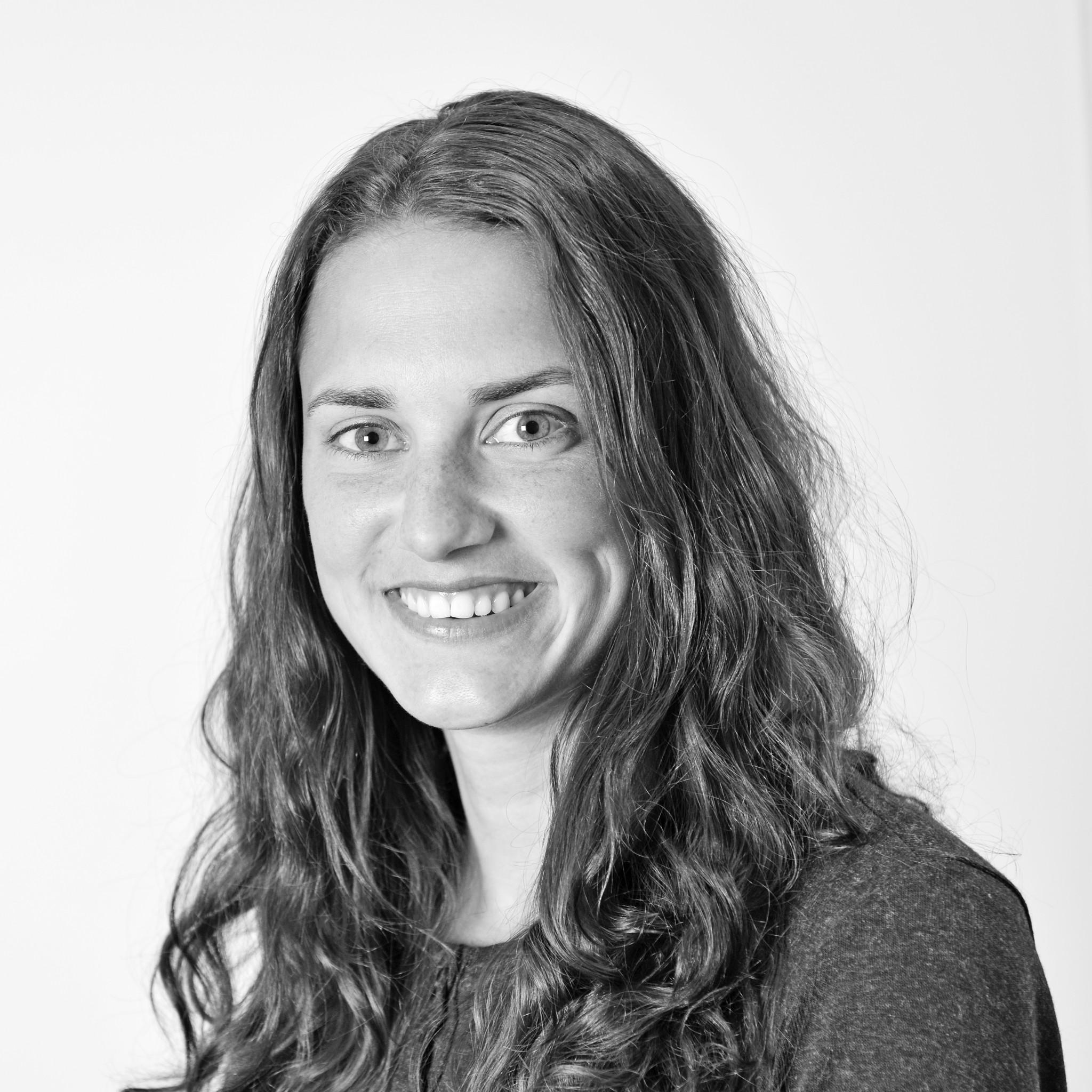 Lina Aasan : Avlskonsulent  - jobber mandag og torsdag på hjemmekontor i Telemark